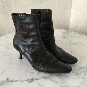 "Fabulous ""Luna Rosa by Pazzo"" Ankle Boots 6.5"